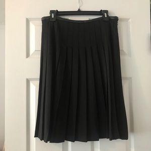 Black Pleated Ivanka Trump Skirt